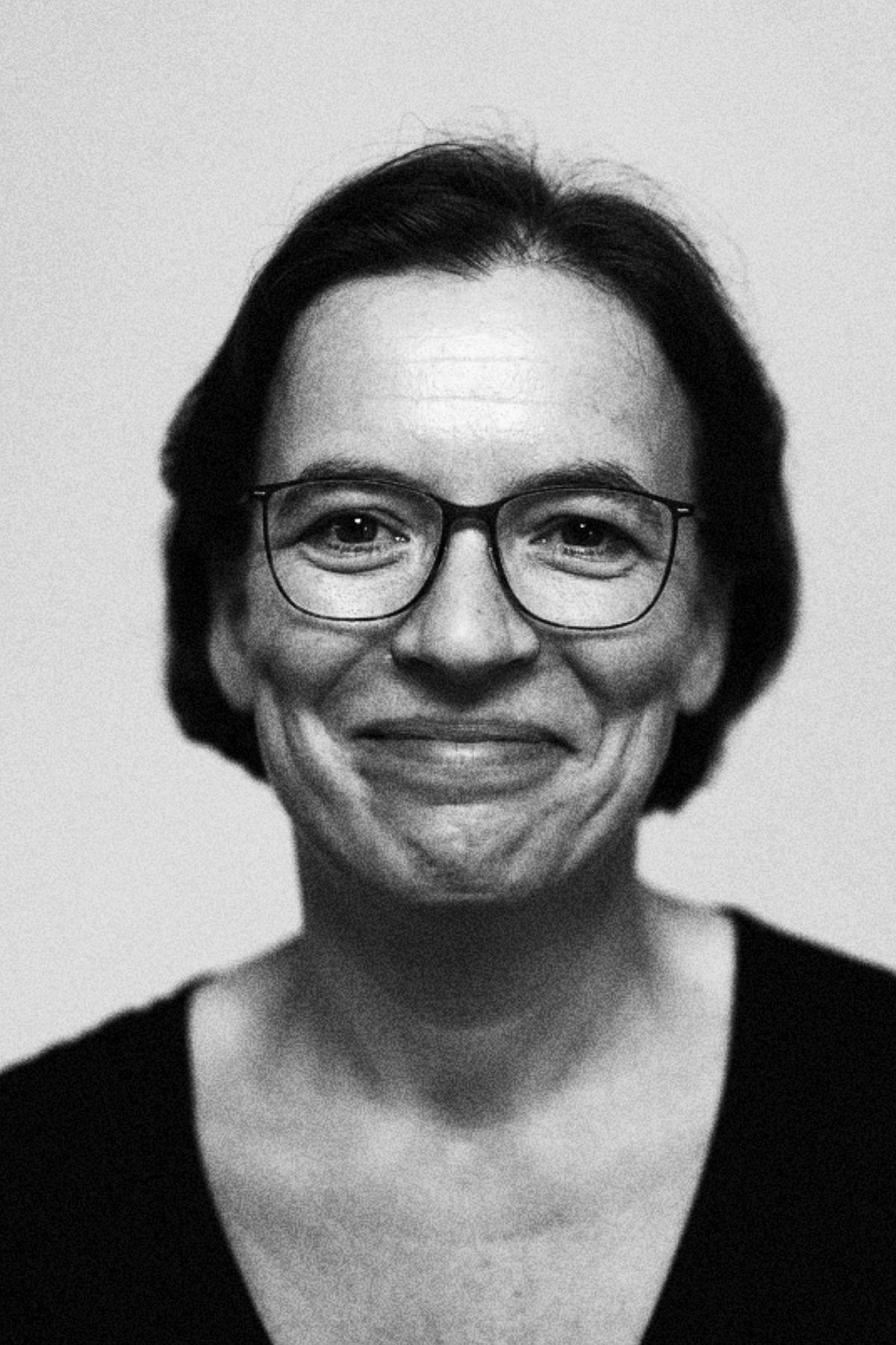 Dr Ursula Koners